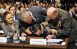 Petraeus faints at Senate hearing in 2010 - he didn't pass the test