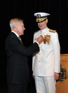 "Navy Secretary Ray Mabus pins award on ""retiring"" Vice Adm. Mike Miller (U.S. Navy photo)"